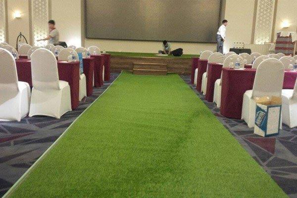 Thuê cỏ nhân tạo chỉ với 40.000đ/m2