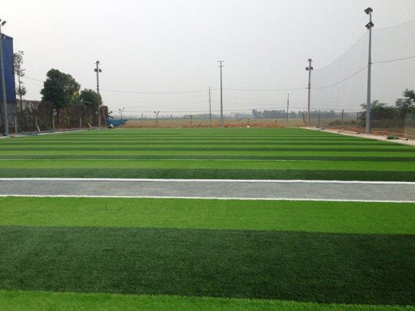 Thi công Sân bóng cỏ nhân tạo Phùng Xá Thạch Thất Hà Nội