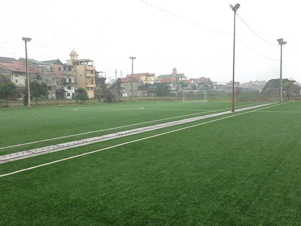Thi công Sân bóng cỏ nhân tạo Trường Việt Anh Nghệ an