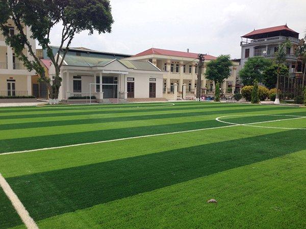 Thi công Sân bóng cỏ nhân tạo Viện Thuốc Phóng Thu