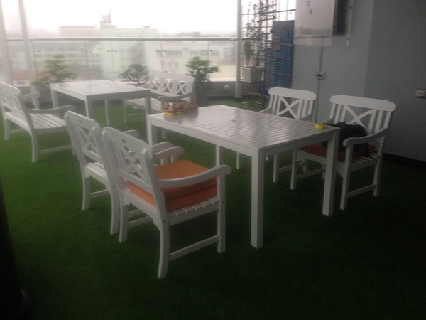 co-nhan-tao-trang-tri-quan-cafe-1