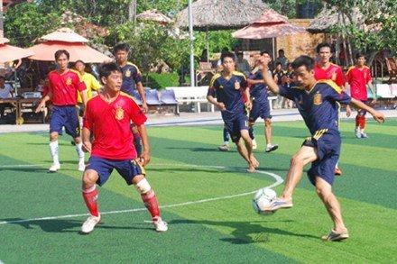 Diện tích sân bóng đá cỏ nhân tạo