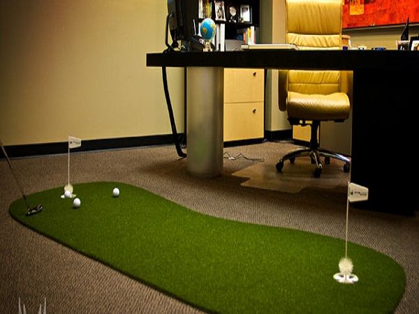 Tính tiện lợi của sân golf mini cỏ nhân tạo