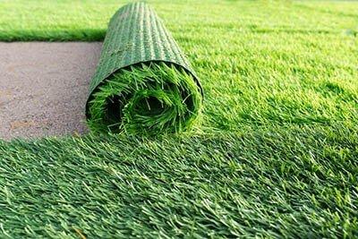 Các thảm cỏ nhân tạo sử dụng trong thi công