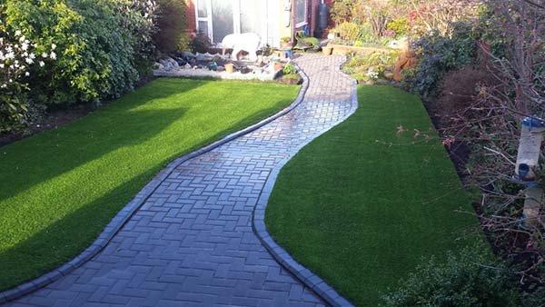Lưu ý khi thi công cỏ nhân tạo sân vườn