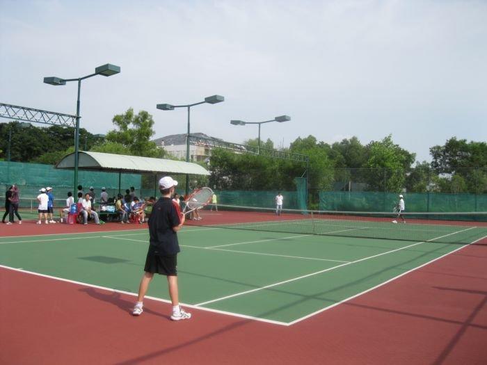 kinh-doanh-san-tennis